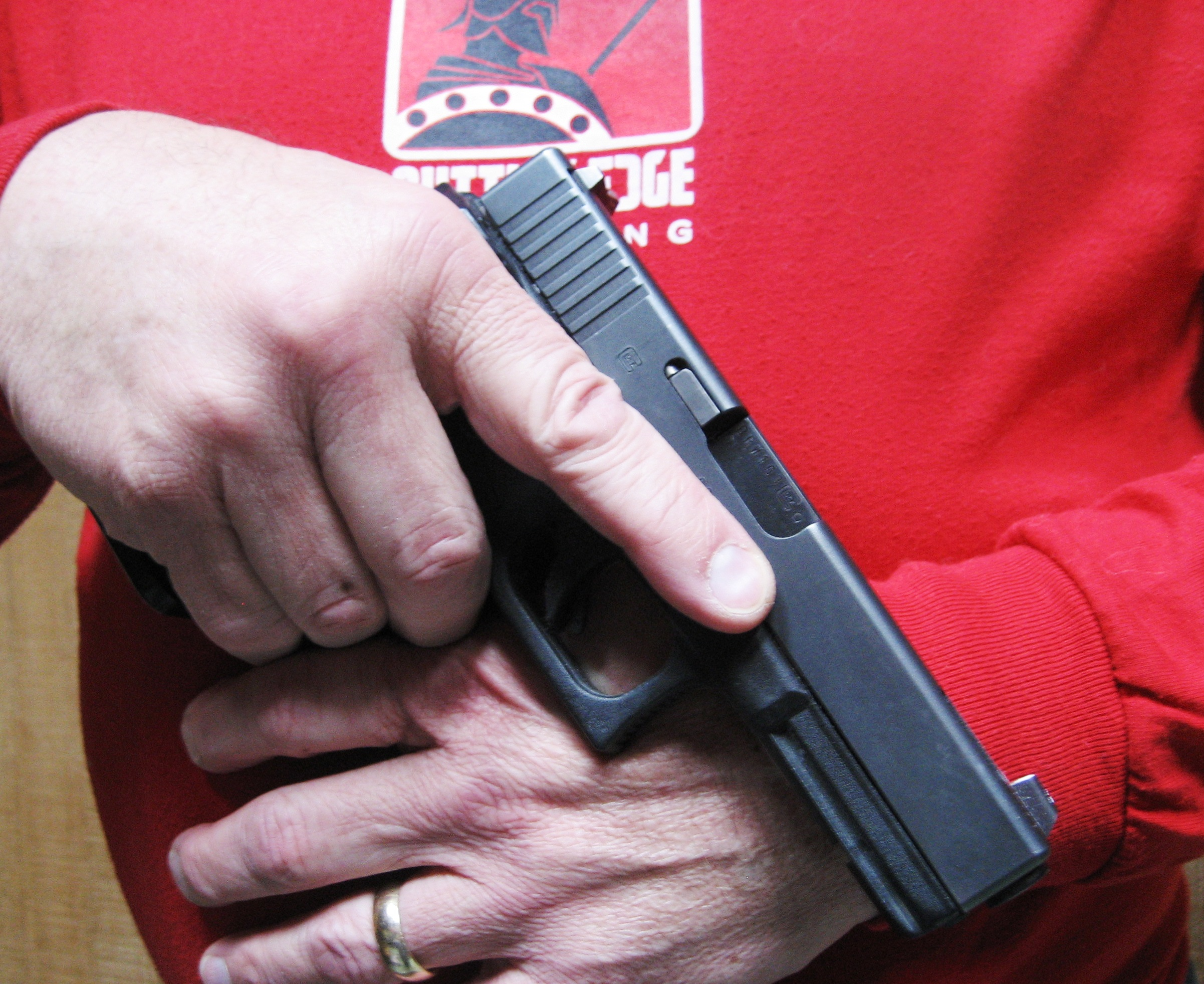 "Handgun in the ""Sul Position"""